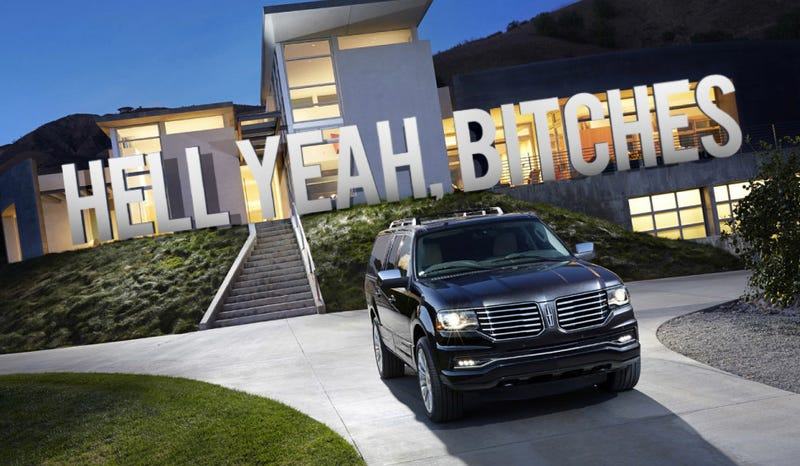 Illustration for article titled The 2015 Lincoln Navigator Fools You With Modern Architecture