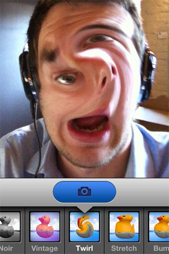 Illustration for article titled Camera Sutra Brings Apple's Photo Booth Effects To Your iPhone