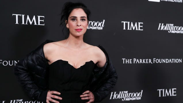 Sarah Silverman Will Play the First Lady Santa Claus in Santa Inc.
