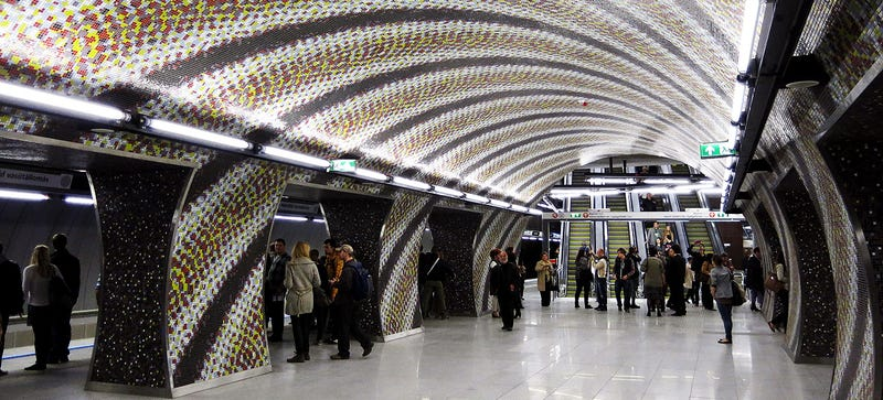Illustration for article titled The New Budapest Metro Line Is an Awesome Psychedelic Trip