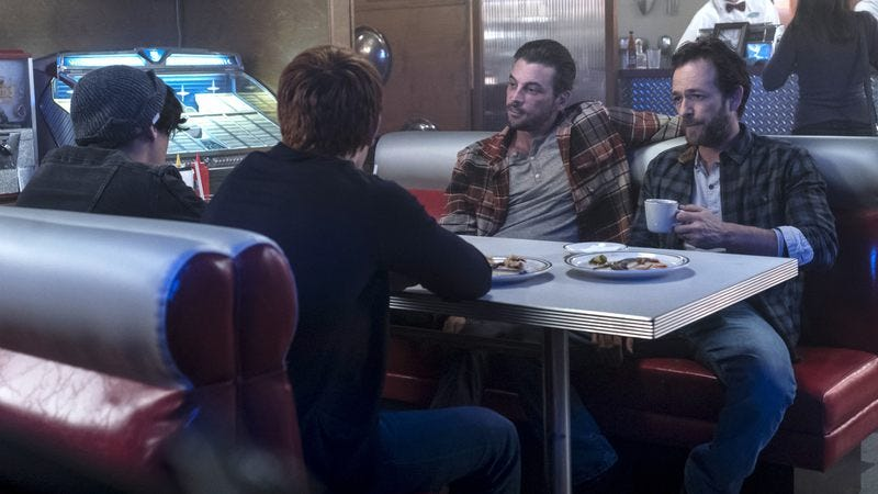 Cole Sprouse (left), KJ Apa, Skeet Ulrich, Luke Perry (Photo: Katie Yu/The CW)