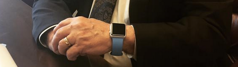 Illustration for article titled Newt Gingrich's Official Apple Watch Review Is Forthcoming