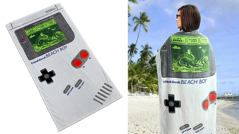 Illustration for article titled A Beach Towel Game Boy That Never Runs Out of Batteries