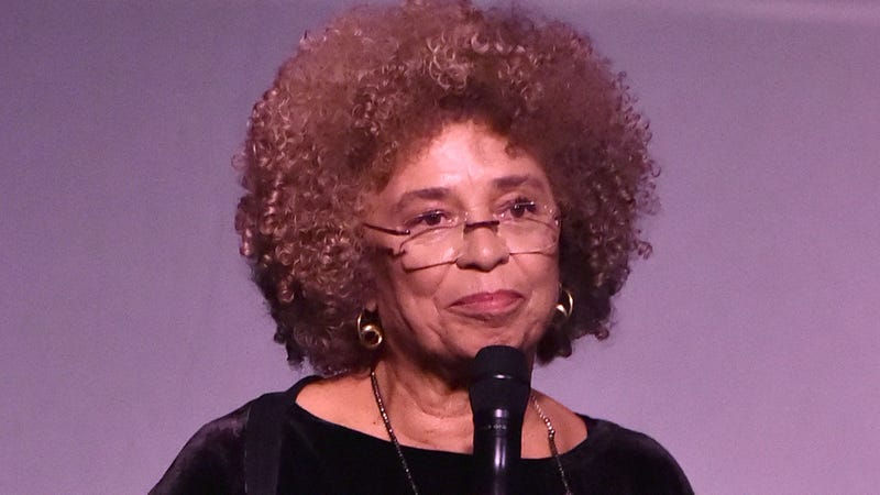 Illustration for article titled Backlash Grows After Civil Rights Institute Reneges on Angela Davis Honor