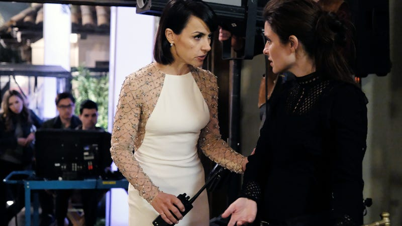 Constance Zimmer and Shiri Appleby star in UnREAL