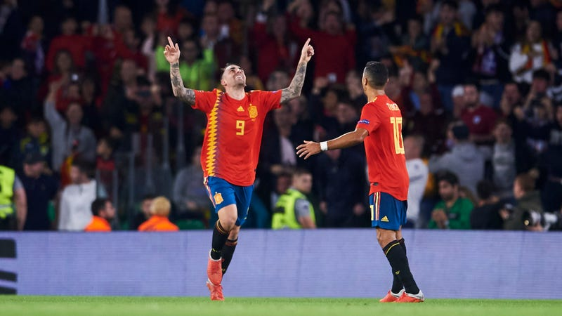 Illustration for article titled Maybe Paco Alcácer Sold His Soul To The Devil For The Power To Score Whenever He Wants