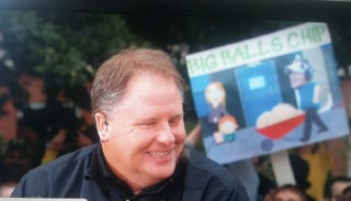 Illustration for article titled Chip Kelly Has Big Balls, According To College GameDay Sign