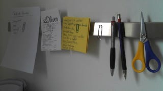 Illustration for article titled Repurpose a Knife Holder to Organize Office Supplies and Notes