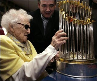 Illustration for article titled Oldest Living Red Sox Fan Dies from Being Oldest Living Red Sox Fan