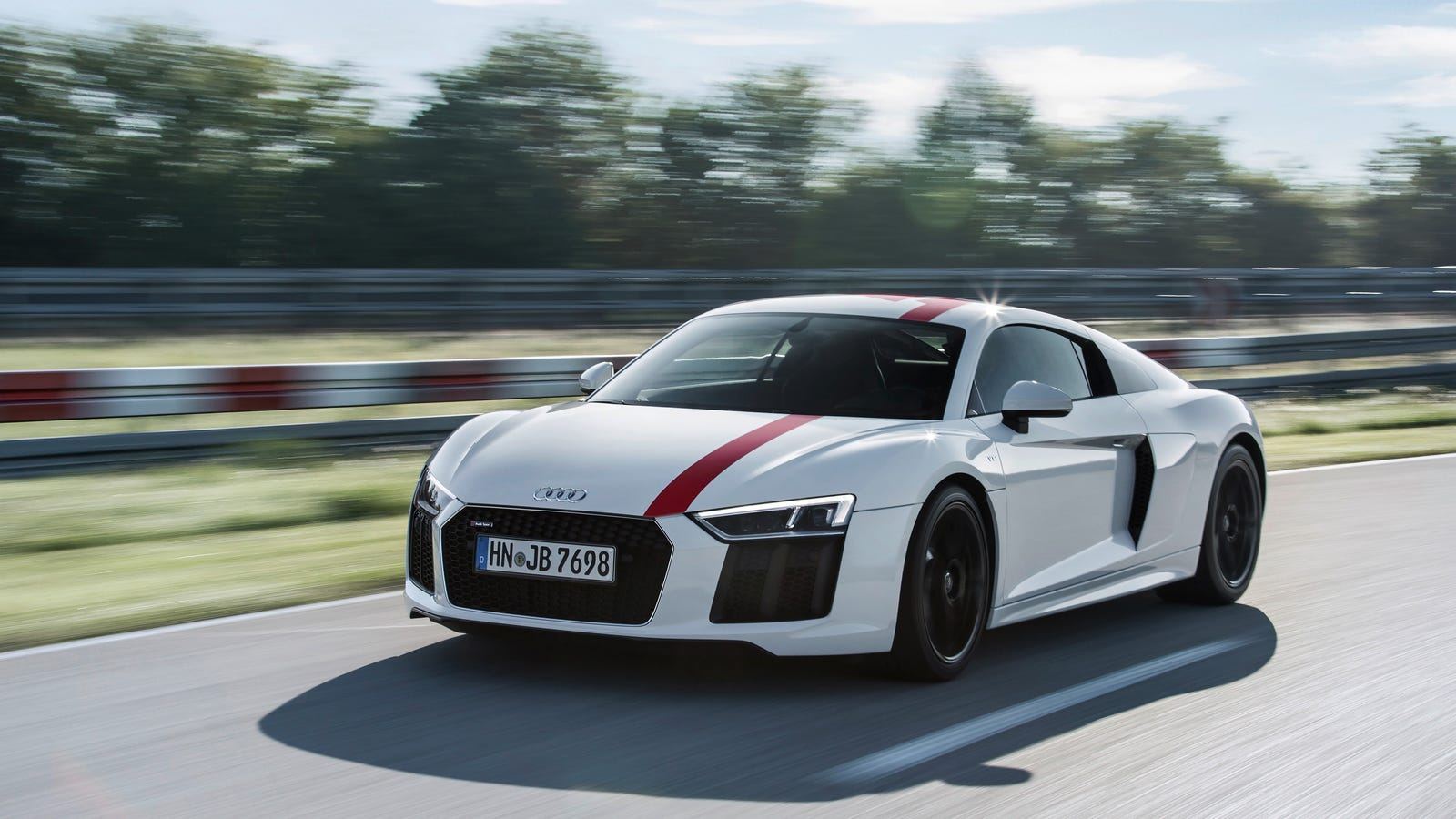 the audi r8 v10 rws is the first rear wheel drive r8. Black Bedroom Furniture Sets. Home Design Ideas