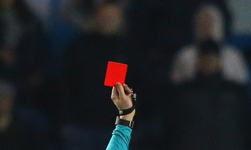 Illustration for article titled Soccer Ref In Argentina Murdered On The Field By Player He Red-Carded
