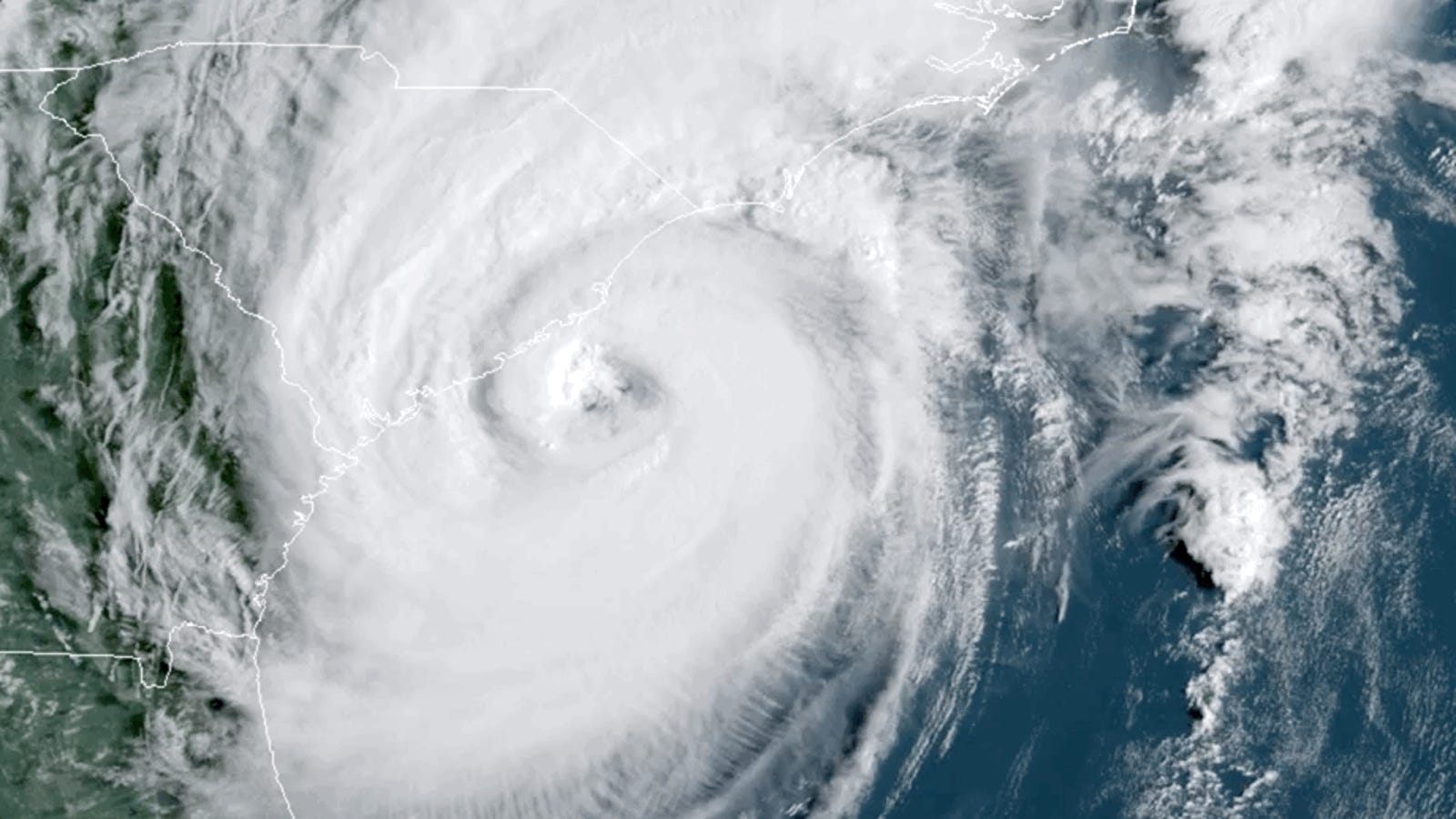 Hurricane Dorian Batters the Carolinas, Leaving 200,000 Without Power