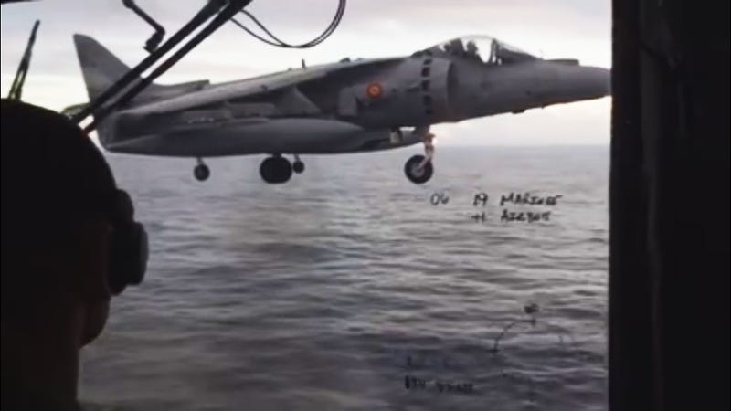 Illustration for article titled Watch These Spanish Harriers Load Up The Deck Of The Juan Carlos I