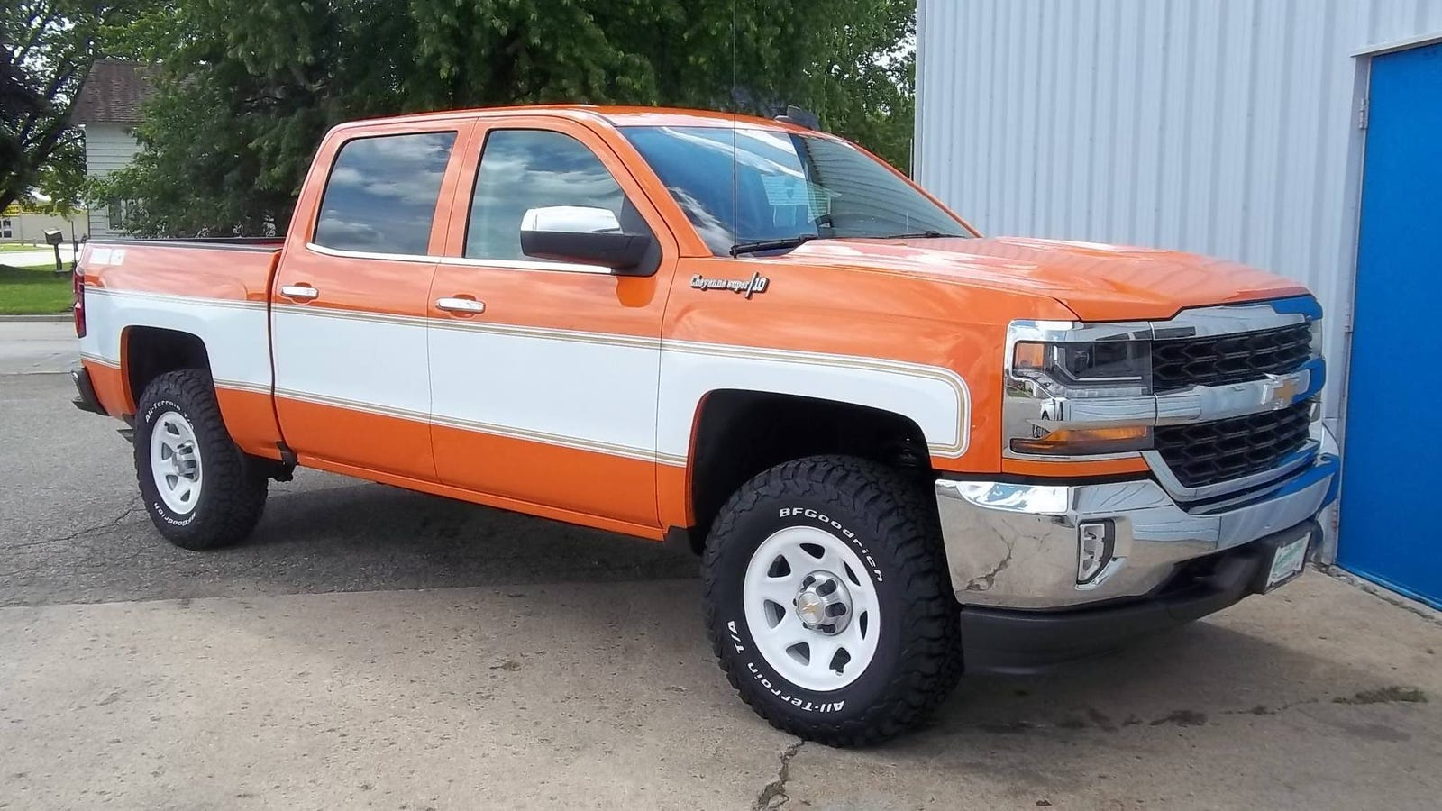This Minnesota Dealership Gives New Chevy Silverados a ...