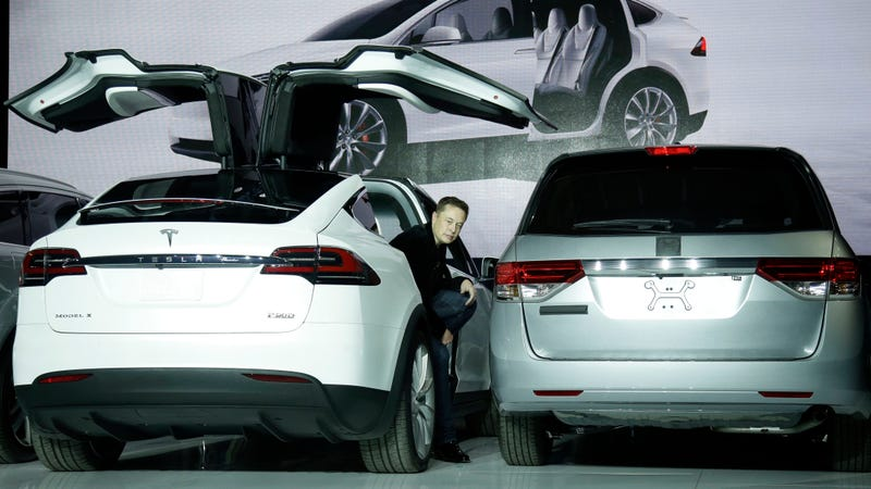 Chipmaker Infineon to supply parts to Tesla Model 3