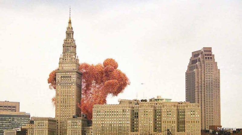 Illustration for article titled El día que Cleveland decidió que liberar 1,5 millones de globos a la vez era una buena idea y desató el caos