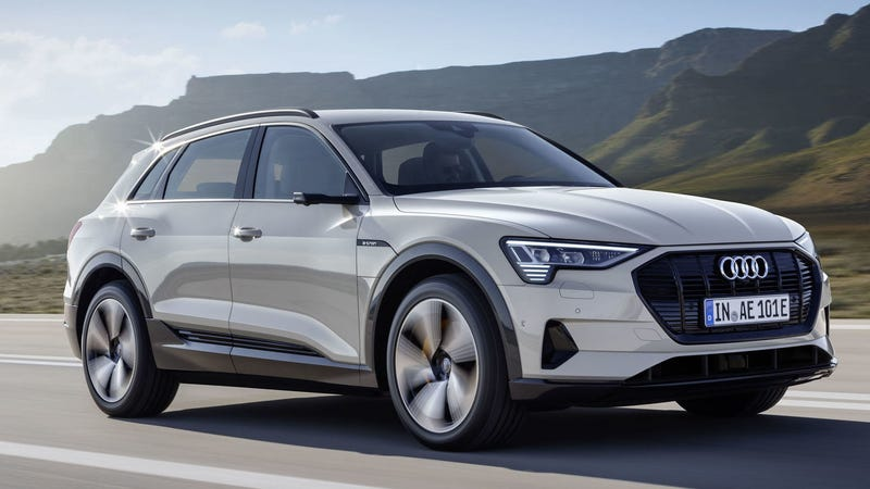 Illustration for article titled Audi's Plan to Sell the Electric 2019 E-Tron Is Actually Pretty Smart
