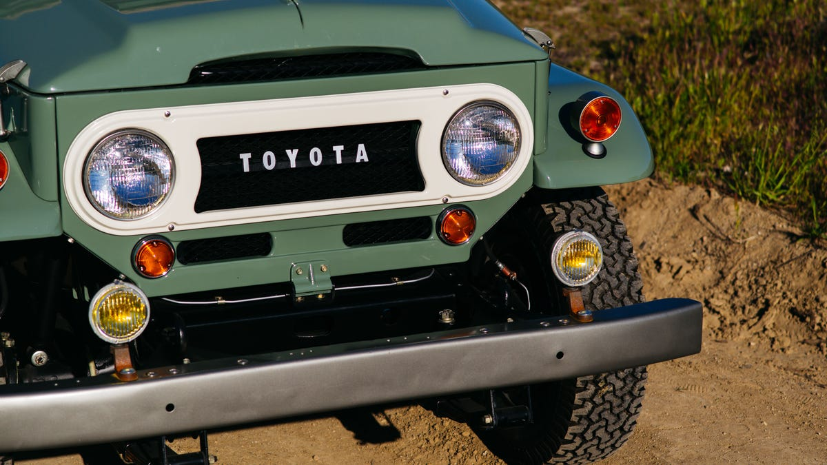This Is Why Everyone Wants An Fj40 Toyota Land Cruiser 1960s 4 Door