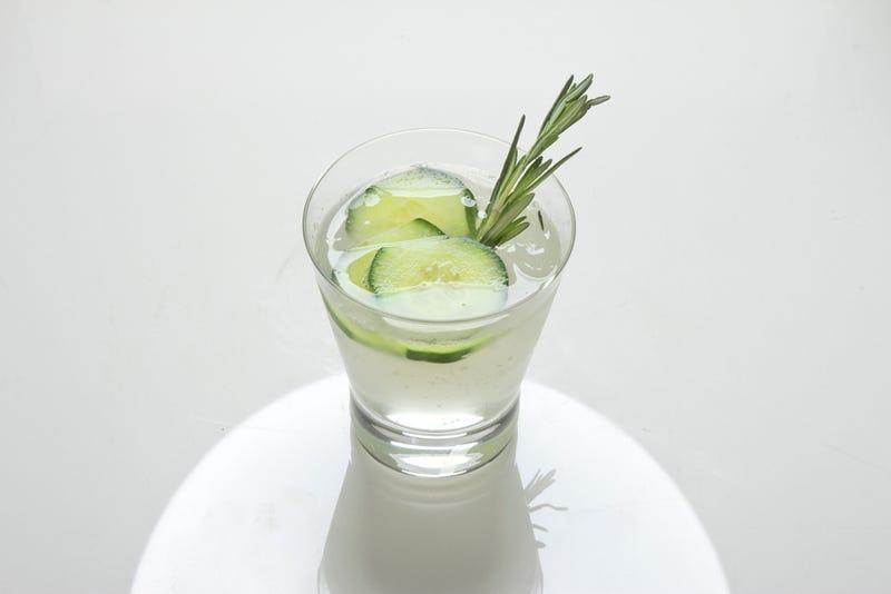 Illustration for article titled Shooting Challenge: Cocktails