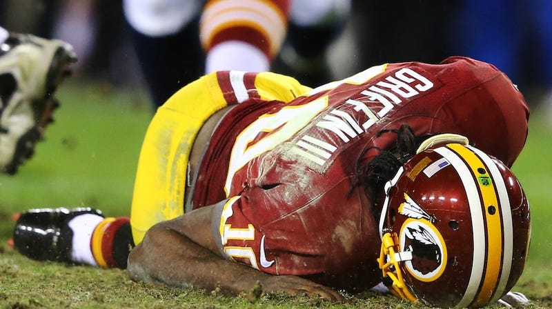 Illustration for article titled MRI Shows Robert Griffin III Has Partially Torn ACL, LCL