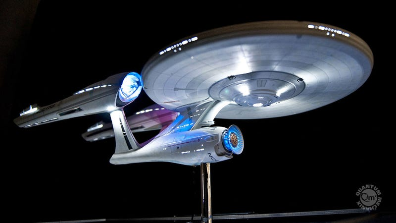 Illustration for article titled Try Not to Drool Over This Exquisite $7,000 Replica of the USS Enterprise