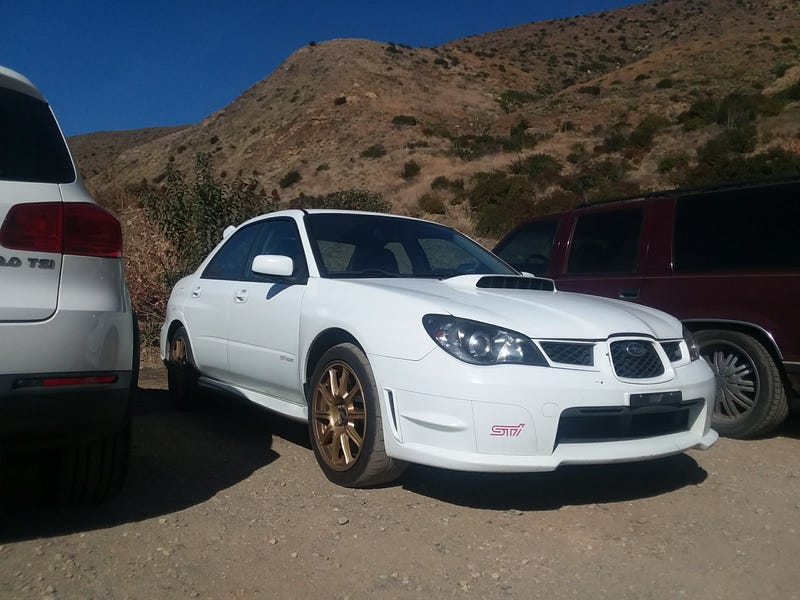 Always gotta lead with a car image. Look my subaru went on dirt! In a parking lot but who is to know this isnt overlanding the Mojave somewhere?