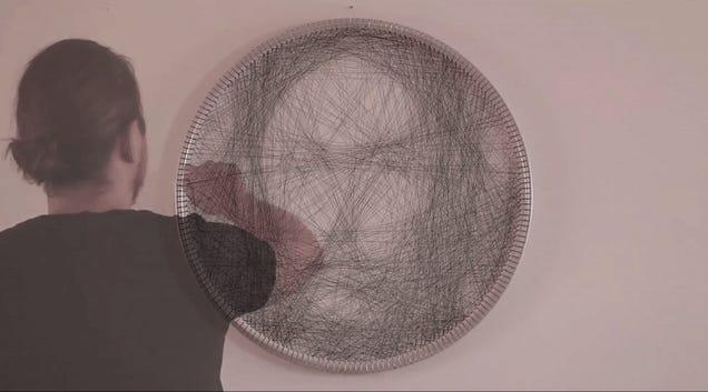 Petros Vrellis |Renaissance Portrait With String #artpeople