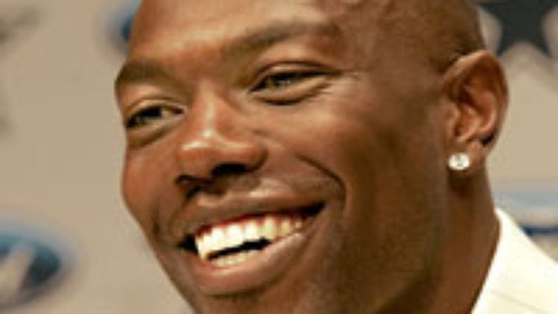 Illustration for article titled Terrell Owens Calls Dallas 'A Good Place To Spend The Summer'