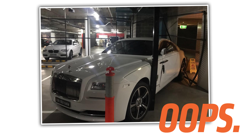 Illustration for article titled Rich Guy Buys Special Cage To Protect His Rolls-Royce, Then Wrecks Into His Own Cage