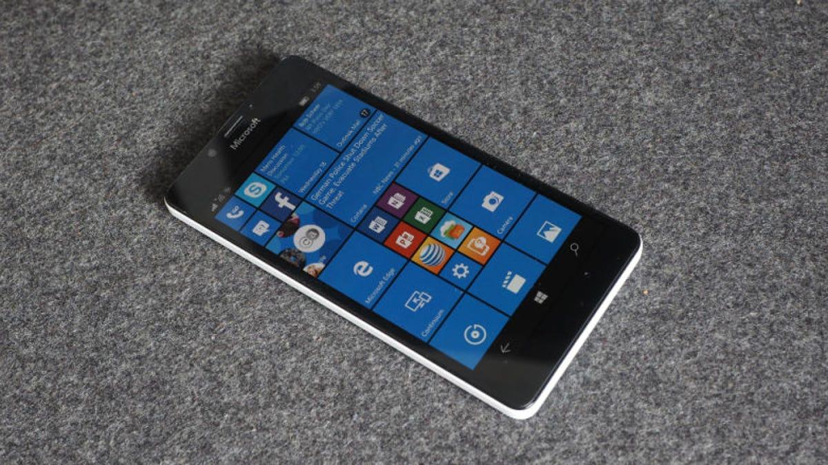 Looks Like Microsoft's Windows Phone Supply Is Finally