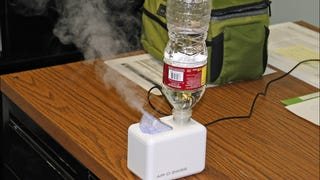 Reduce Eye Strain At Your Desk With A Humidifier