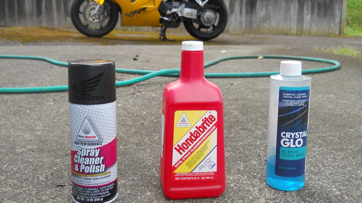 How To Get Your Motorcycle Ridiculously Clean For The Summer