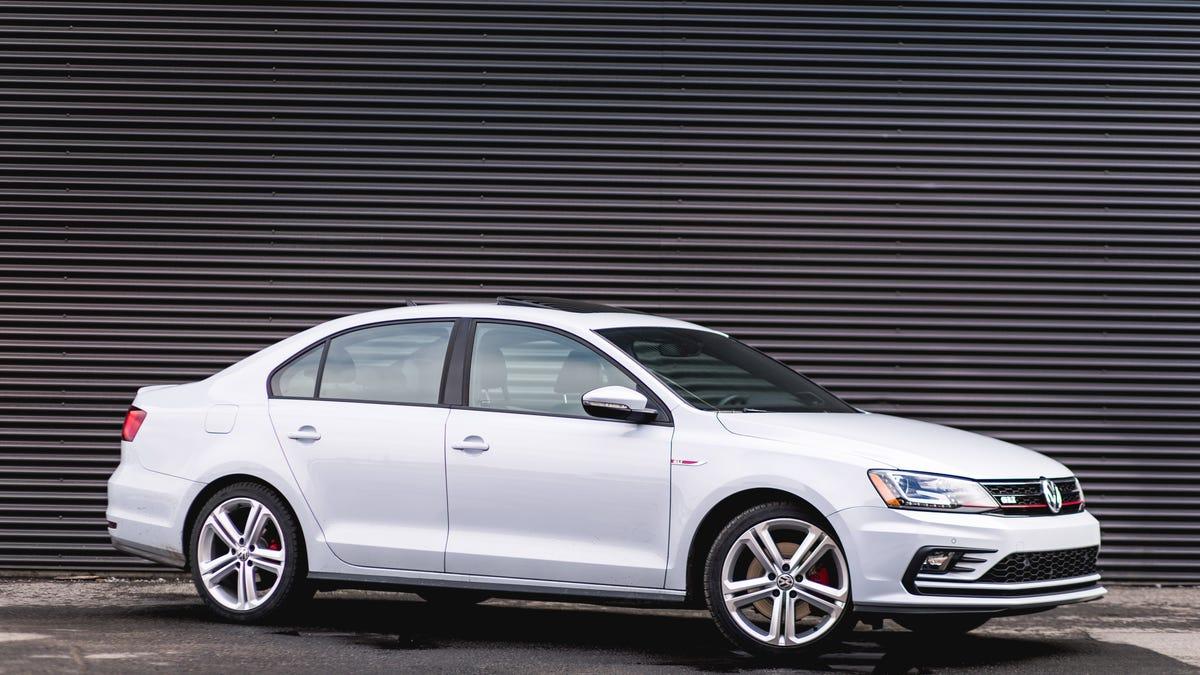 2017 Volkswagen Jetta GLI: The Jalopnik Review