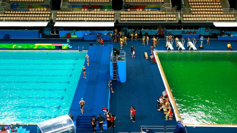 A picture of the Maria Lenk Aquatic Center in Rio last night. The green has since migrated. (Photo: Adam Pretty/Getty Images)