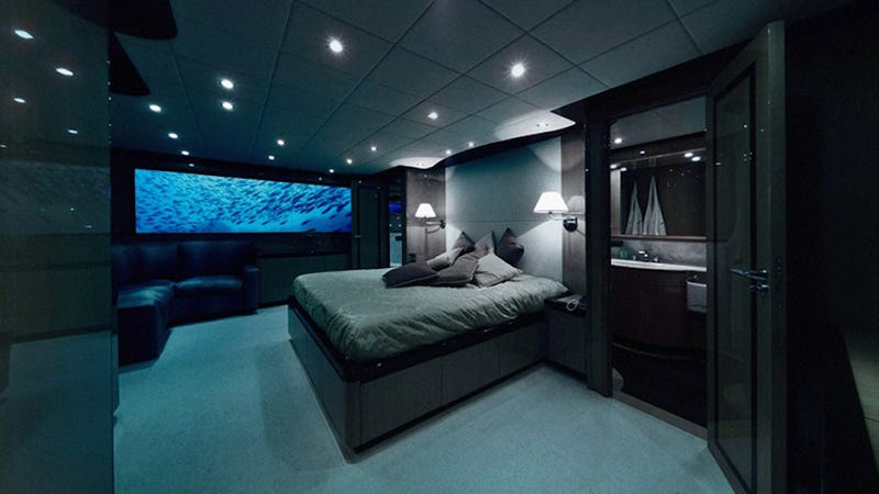 A single night of sex on this luxury hotel submarine costs for Chambre de luxe