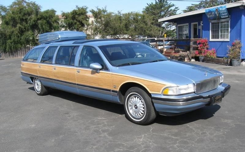 Illustration for article titled At $25,000, Could This Custom 1992 Buick Roadmaster Limo Get You to Go Long?