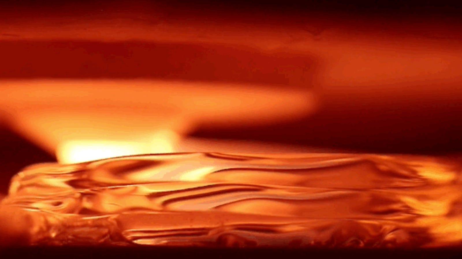 Disfruta viendo imprimir objetos en 3D con cristal fundido a mil grados