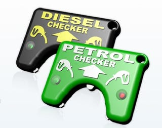 Illustration for article titled Fuel Checker Gizmo Warns if You're About to Screw Up Your Engine