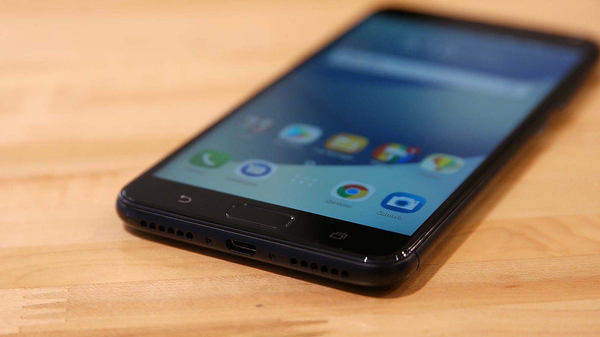 This Cheap Smartphone Has a Ridiculous Battery, and It Makes