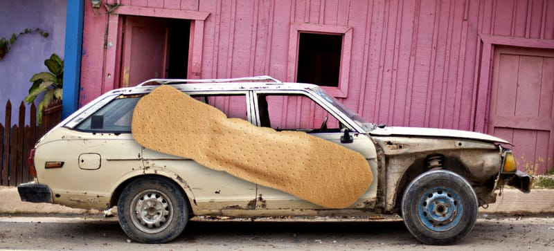 Illustration for article titled What's The Best Quick Roadside Repair Job You've Ever Seen?