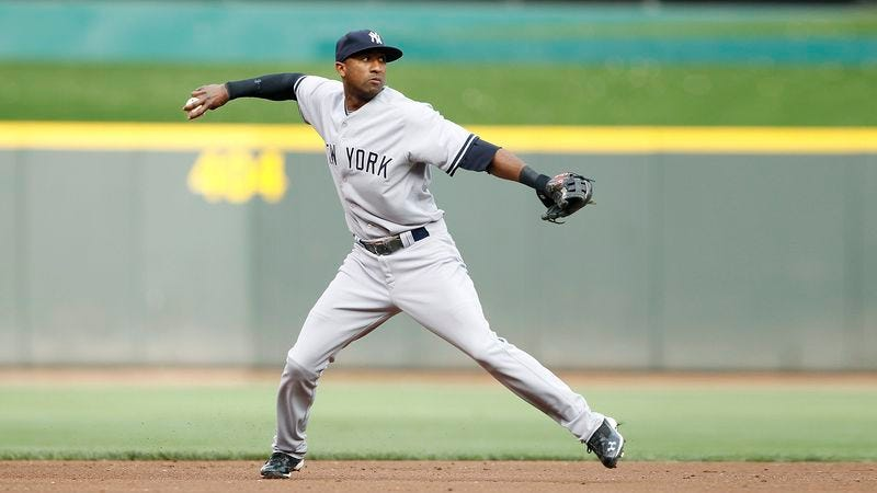 Illustration for article titled Yankees Warn Eduardo Nunez To Stop Showing Up Derek Jeter By Making Routine Plays At Shortstop