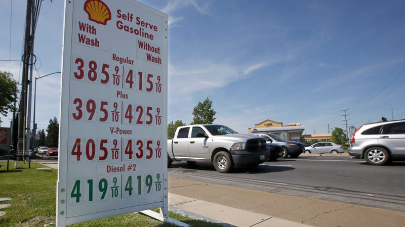 Cars outside a Shell station in Sacramento, California in April 2019.