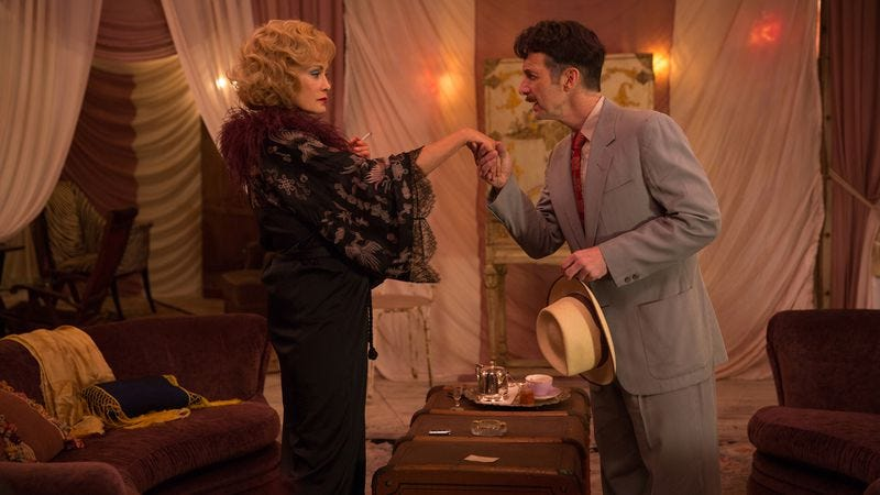 Jessica Lange, Denis O'Hare