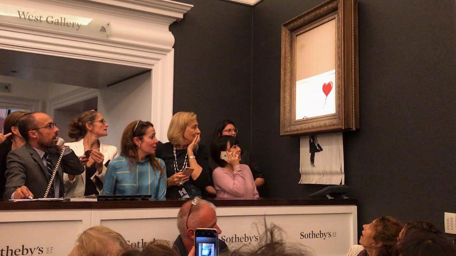 Una obra de Banksy se autodestruye tras subastarse por $1.250.000