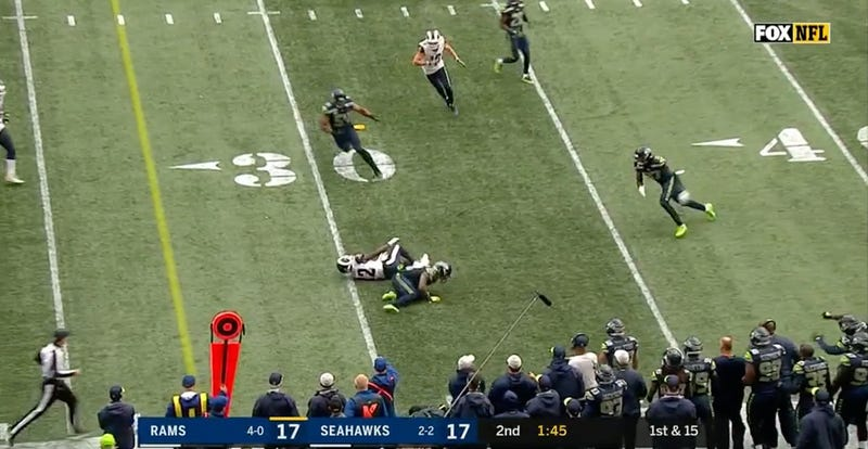 Illustration for article titled This Hit On Brandin Cooks Was Somehow Not Flagged