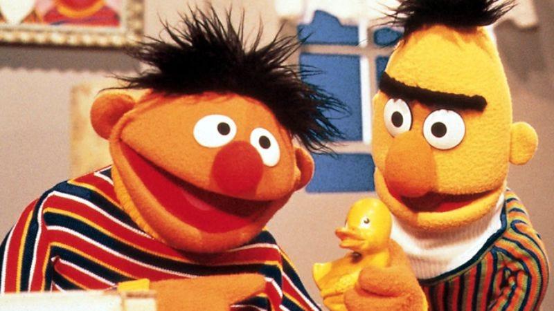 Illustration for article titled Sesame Street's Bert and Ernie still aren't gay