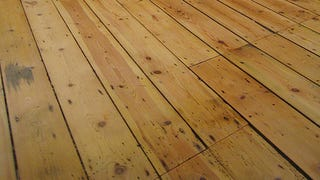 Good Weu0027ve Previously Shared Some Of The Best Ways To Fix Squeaky Floors, But If  Screwing Into The Boards Isnu0027t Your First Choice, You Can Try Talcum Powder  Or ...