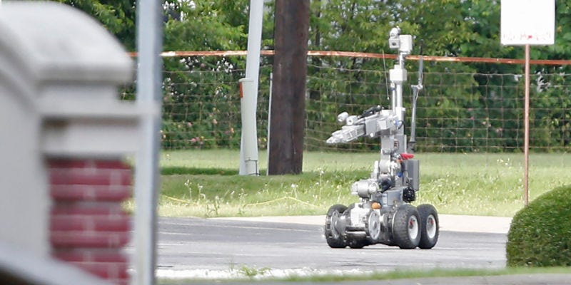 Northrop Grumman Andros bomb disposal bot in Dallas in 2015. Image: Stewart F. House/Getty Images