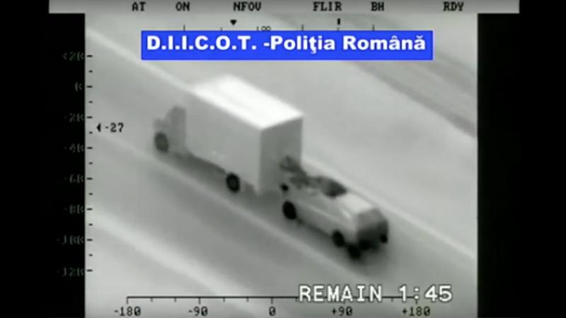 Hombres roban iPhones de un camión en plena marcha
