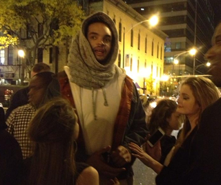 Illustration for article titled Joakim Noah Hits The Town In A Really Neat Hat